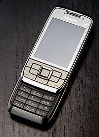 Nokia E66 front open.jpg