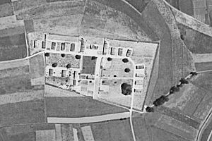 Wauwilermoos internment camp - Aerial photograph of the Wauwilermoos camp area, assumably in mid-1944.