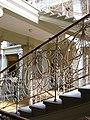 Nový zemský dům - zábradlí schodiště.jpg