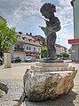Olching, Brunnenfigur.jpg