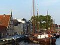 Old ship harbor, Leiden (9034809523).jpg