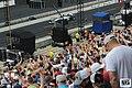 Oliver Askew crowd (47966330068).jpg
