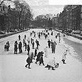 Opdracht Trouw. Gemaskerd bal op ijs Amsterdamse grachten, Bestanddeelnr 914-7271.jpg