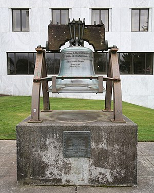 Liberty Bell (Oregon State Capitol) - The bell in 2008