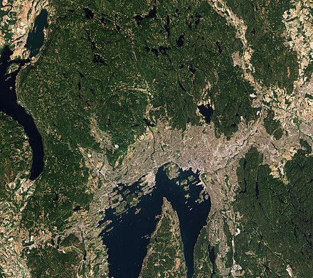 Satellite image of Oslo, July 2018. Oslo by Sentinel-2.jpg