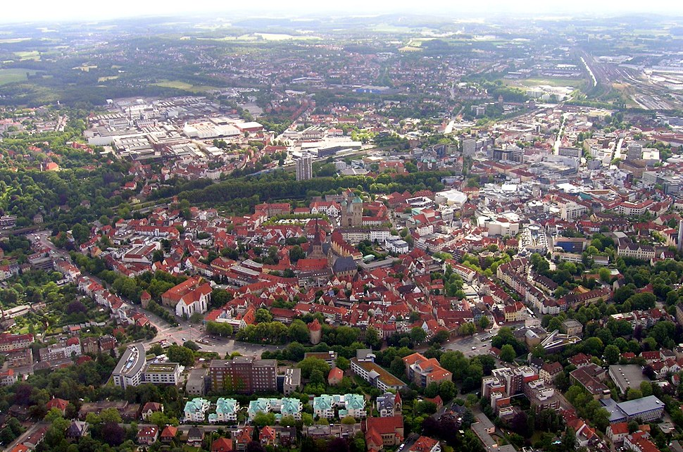 mid-June 2009 aerial view of downtown Osnabrück