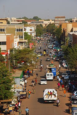 Ouagadougou city centre day.JPG