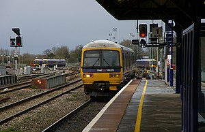 British Rail Class 166 - Image: Oxford railway station MMB 06 166220
