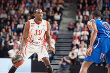 Paccelis Morlende - Bourg-en-Bresse vs. Paris-Levallois, 15th November 2014.jpg