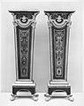 Pair of pedestals (gaînes) MET 51618.jpg