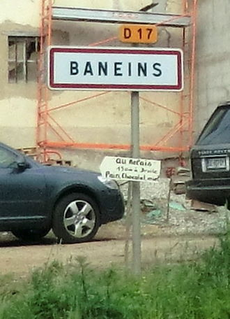 Baneins - Sign at the entry to the village