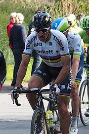 Sagan in azione alla Parigi-Roubaix 2016