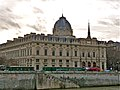 Paris 75004 Quai de la Corse Tribunal de Commerce 20111229.jpg