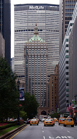 MetLife Building - From the north