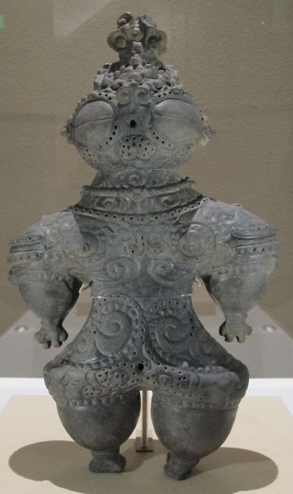 Periodo jomon finale, dogu, 1000-400 a.c. 01.JPG
