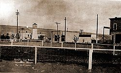 Main street in Hanford, 1915