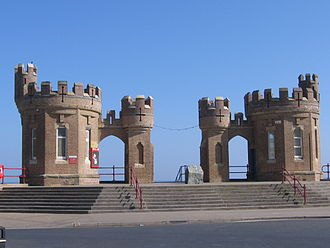 Withernsea - Image: Pier Towers Withernsea
