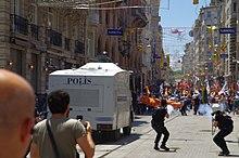 external image 220px-Police_fires_off_tear_gas_in_Taksim.jpg