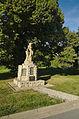 Pomník obětem světových válek - detail, Cetkovice, okres Blansko.jpg