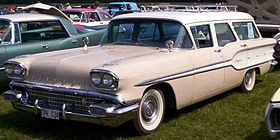 Pontiac Chieftain Safari 1958.jpg