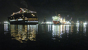 Port of Tampa ships early morning