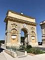 Porte du Peyrou (42535520434).jpg