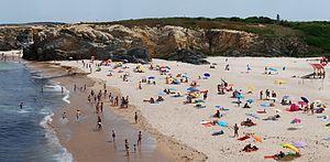 English: Praia Grande (Large Beach) in Summer....