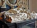 Praalgraf in de kerk van Midwolde detail1 Rombout Verhulst.jpg
