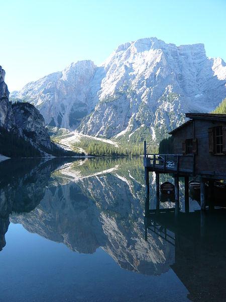 File:Pragser Wildsee.JPG