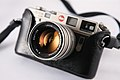 Private Collection - Leica M6 Titanium with 50mm f1.4 Summilux and Elliot Erwitt Signature (5122111684).jpg