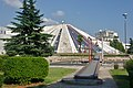 Pyramide Tirana.jpg