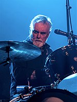 Roger Taylor Queen And Adam Lambert - The O2 - Tuesday 12th December 2017 QueenO2121217-47 (39066610085) Cropped.jpg