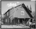 REAR CORNER, LOOKING SOUTHEAST - Mount McKinley Headquarters, Administration Building, Cantwell, Denali Borough, AK HABS AK,23-MCKIN,1-C-2.tif
