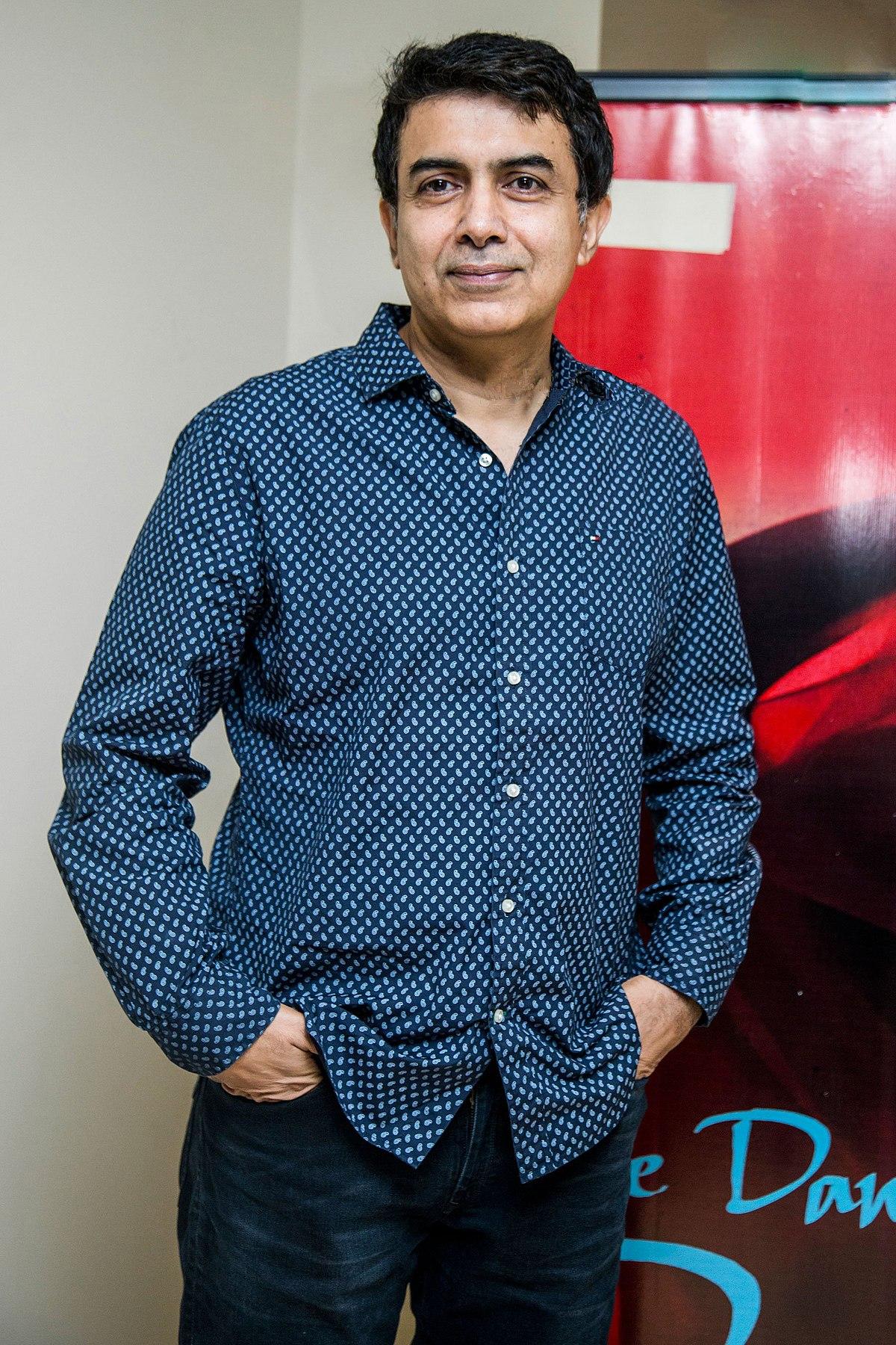 Rajiv Menon - Wikipedia
