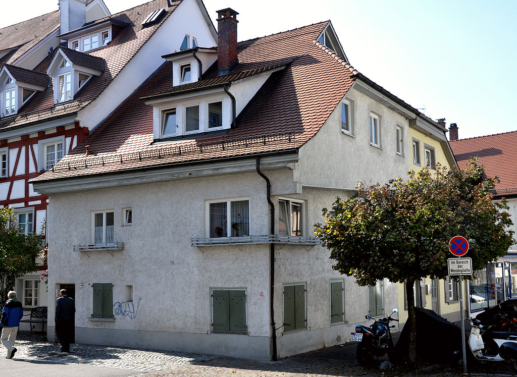 1024px-Ravensburg_Grüner-Turm-Straße21.jpg