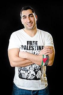 Remi Kanazi Palestinian-American performance poet