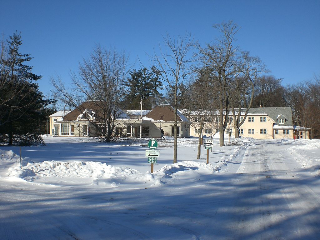 File retreat house manresa spirituality centre pickering for Retreat house