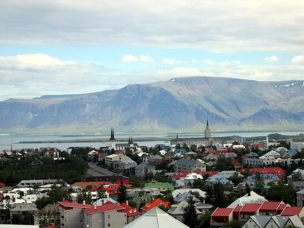 Best Places To Meet Girls In Reykjavik & Dating Guide
