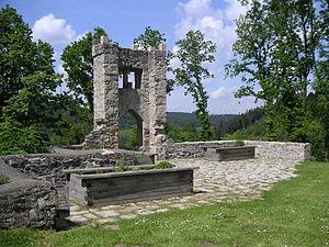 Ein Teil der Burgruine