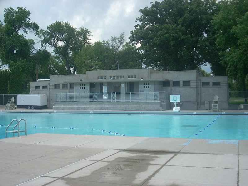 File:Riverside Pool.jpg
