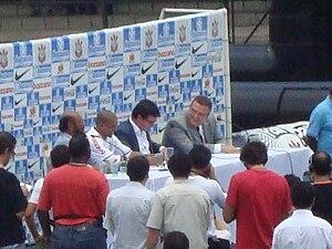Roberto Carlos - Roberto Carlos in Corinthians signing ceremony