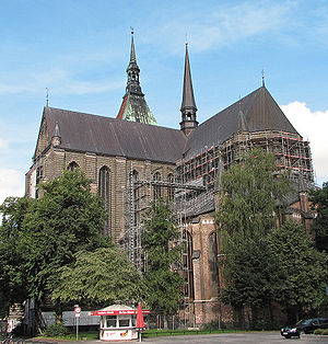 St. Mary's Church, Rostock - St. Mary's Church with transept (left) and choir
