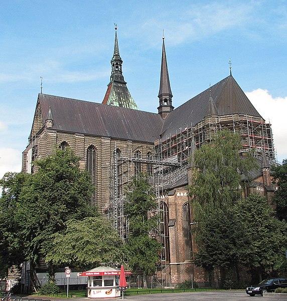 File:Rostock St. Marien Kirche 1.jpg