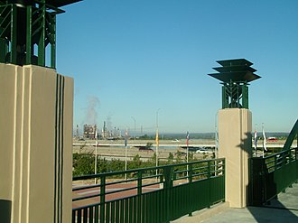 11th Street Bridge - Image: Route 66 pedestrian overpass looking onto Cyrus Avery Plaza