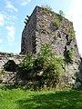 Ruines du château de Wasenbourg, côté droit du château.jpg