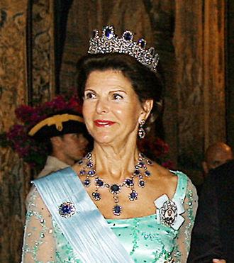 Marie-Étienne Nitot - Queen Silvia wearing the Leuchtenberg Sapphire Parure