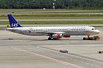 SAS, OY-KBB, Airbus A321-231 (27845034314).jpg