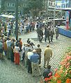SPD-BundestagsWahlkampf auf dem Südermarkt, Flensburg mit Hans Eichel und Wolfgang Wodarg im Jahr 2002 (Bild 3).JPG