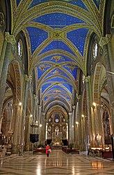 Santa Maria sopra Minerva nave 2010 3.jpg