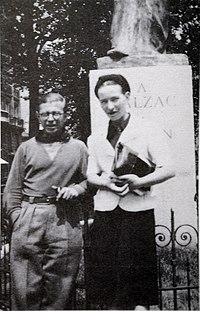Sartre and de Beauvoir at Balzac Memorial.jpg